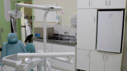Lavadora ultrassônica é usada para limpeza de materiais em unidades de saúde em Londrina