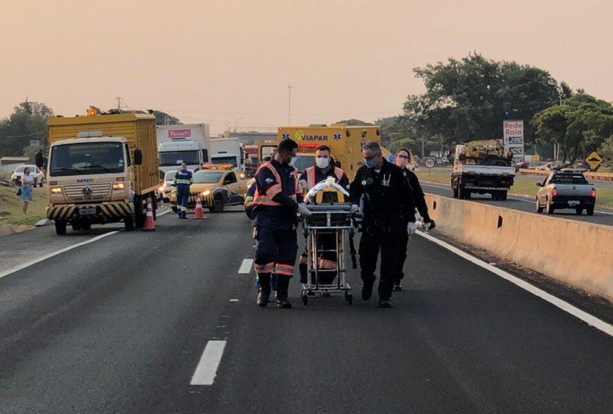 Motociclista é socorrida por helicóptero após grave acidente na BR-376