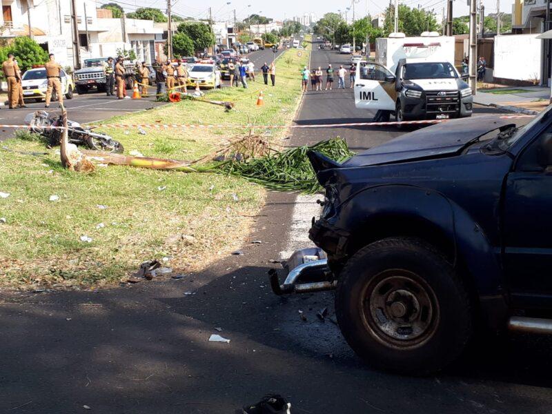 Veja o vídeo: Motociclista morre após batida contra caminhonete em Maringá
