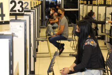 Oportunidades de emprego no Paraná: agências oferecem 2.407 vagas