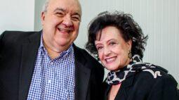 """Prefeito Rafael Greca e esposa estão internados com coronavírus: """"Peço orações"""""""