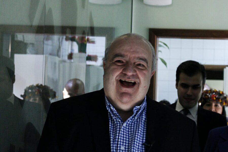 """Médico informa que Greca e esposa apresentam """"boa evolução"""" após internamento por coronavírus"""