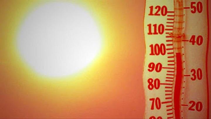 Termômetros passam de  40°C e 13 cidades do Paraná batem recorde de calor