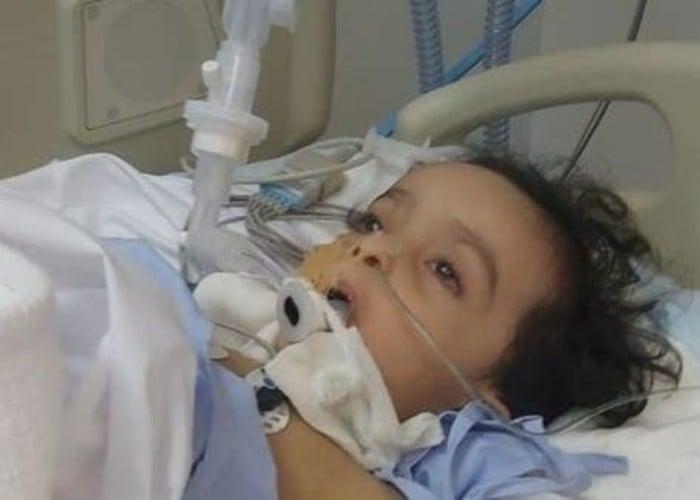 Criança morre após cotonete do teste de coronavírus quebrar dentro de seu nariz