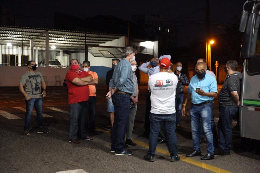 Justiça autoriza uso de força policial para garantir que, no mínimo, 70% dos ônibus circulem em Maringá