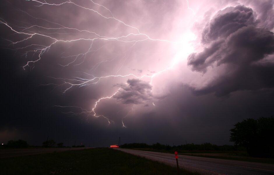 Volume de chuva na Grande Curitiba não irá amenizar estiagem; rodízios continuam