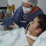 COVID: Após 70 dias na UTI, paciente de 28 anos recebe alta