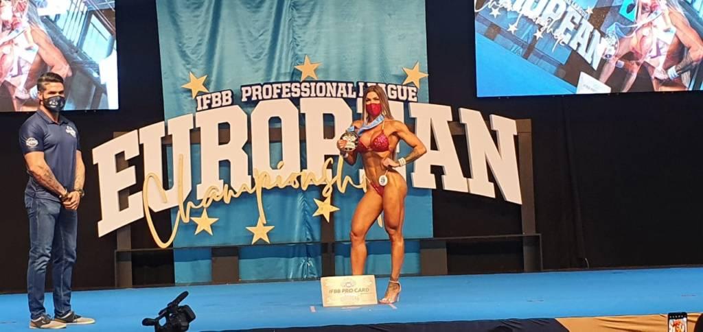 Angela Borges conquista dois títulos internacionais de fisiculturismo