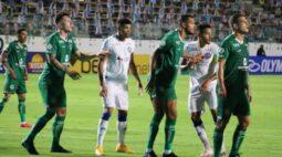 Em jogo cheio de expulsões, Goiás e Bahia ficam no empate pelo Brasileirão