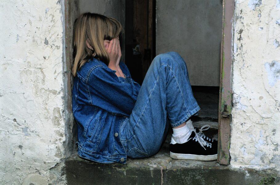 Suspeito de abusar sexualmente de filha adotiva é preso