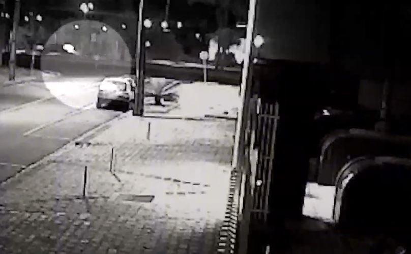Motorista foge após atropelar e matar mulher no Cristo Rei, em Curitiba
