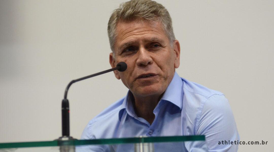 Paulo Autuori retorna ao cargo de diretor técnico do Departamento de Futebol do Athletico