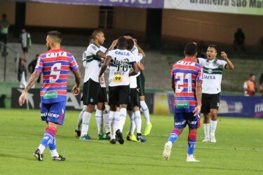 Coritiba tenta quebrar jejum de vitórias contra o Fortaleza, neste sábado