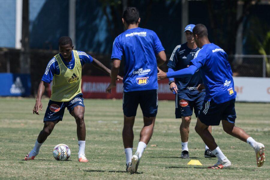 Cruzeiro defende retrospecto positivo contra o Paraná