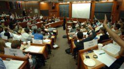 Saudades dos Bancos Universitários – Gratidão aos Mestres