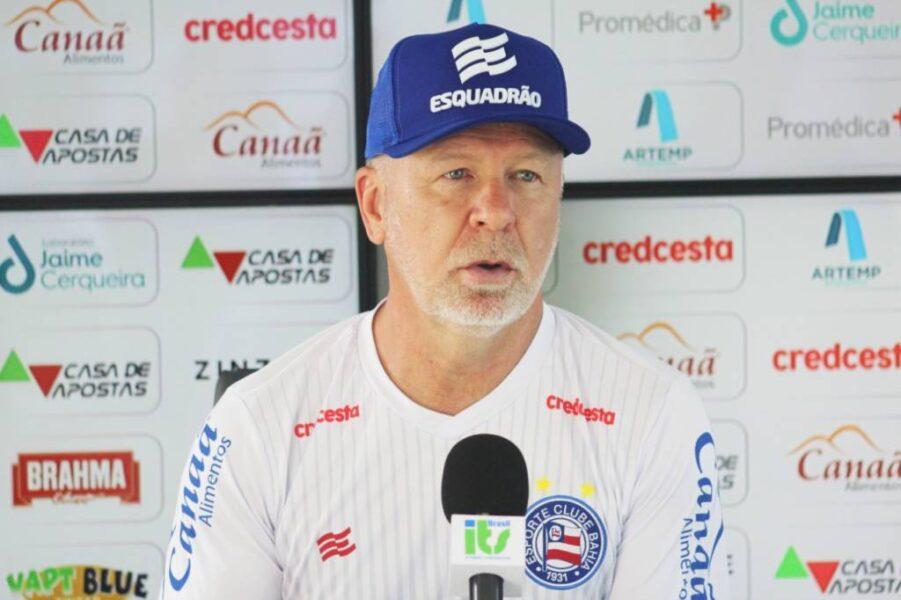 Árbitro relata insulto de Mano Menezes e treinador pode ser punido