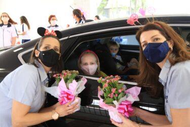 Escola de Londrina encontra um jeito diferente de comemorar o Dia das Crianças com seus alunos