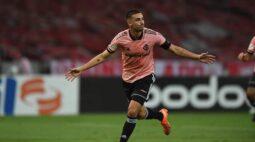 Vasco não resiste e perde para o Internacional no Beira-Rio pelo Brasileirão