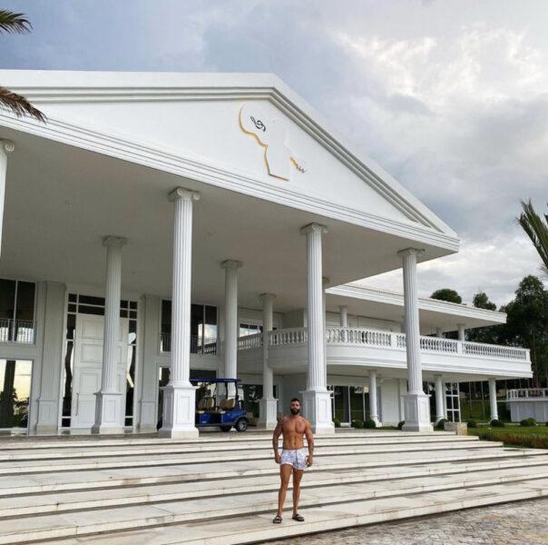 Gusttavo Lima teria deixado mansão de três mil metros quadrados para Andressa Suita e os filhos