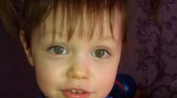 Mãe mata a filha de três anos a marteladas após tomar antidepressivos em excesso