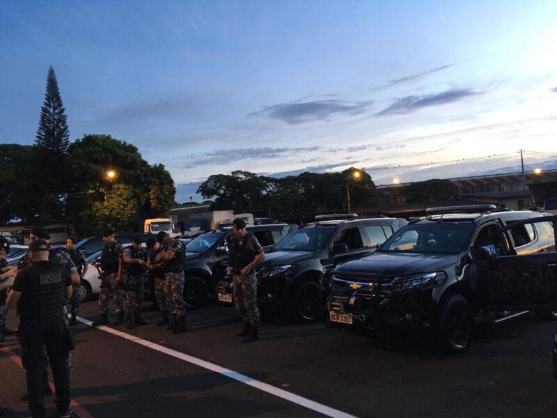 PM realiza operação contra suspeitos de tráfico de drogas em Londrina