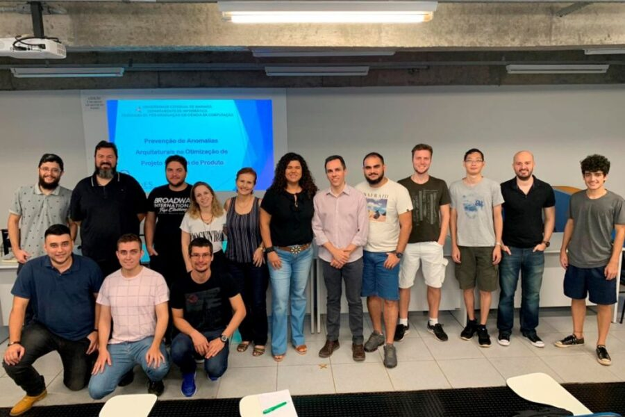 Ferramenta desenvolvida pela UEM promete otimizar projetos de software