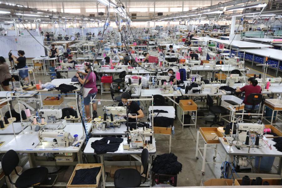 Cianorte e Maringá se destacam como principais polos de confecções na região