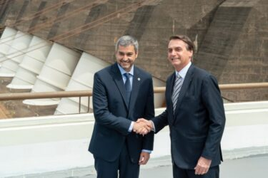 Duas pontes trazem Bolsonaro pela quarta vez a Foz do Iguaçu, no próximo dia 15
