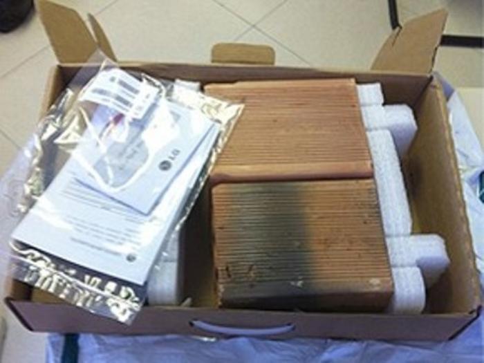 Homem paga quase R$ 10 mil em notebook e recebe dois tijolos