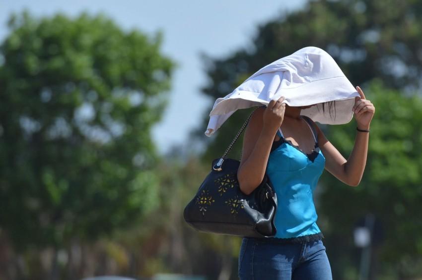 Recorde histórico de temperatura no Brasil deve ser quebrado nesta quinta-feira (1)