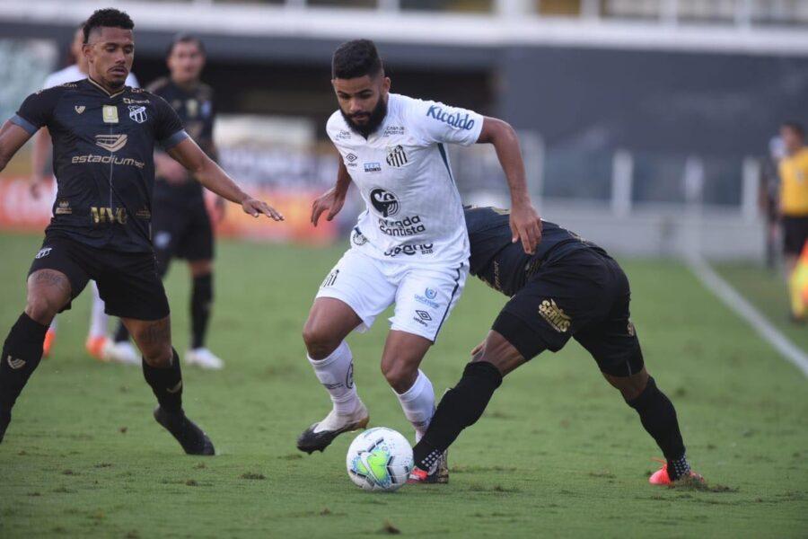 Com um a menos, Santos segura empate com Ceará no jogo de ida das oitavas de final da Copa do Brasil