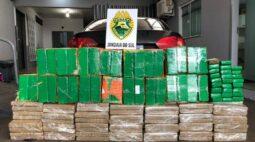Carro que transportava mais de 400 kg de maconha se envolve em acidente em Jandaia do Sul