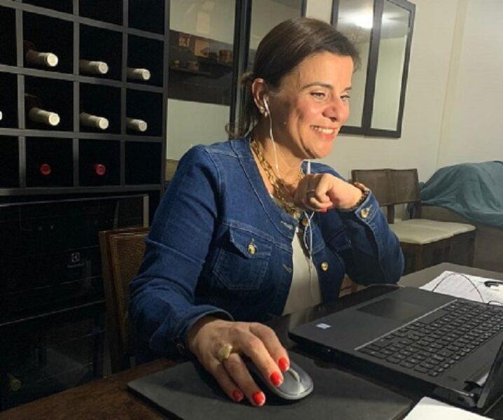 Do plantio à degustação: sommelière e wine influencer Lindslei Antunes realiza curso online de vinhos