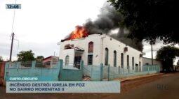 Incêndio por curto-circuito destrói igreja em Foz do Iguaçu