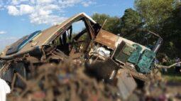 Prefeitura decreta luto pelo acidente entre ônibus e caminhão que matou 41 pessoas