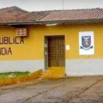 Presos fogem pelo teto de cadeia no interior do Paraná