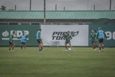 Coritiba segue preparação para encarar o Flamengo