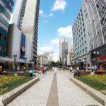 Curitiba anuncia bandeira laranja: entenda o que muda no novo decreto