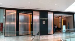 Polícia Federal inaugura posto de emissão de passaporte em shopping de Curitiba