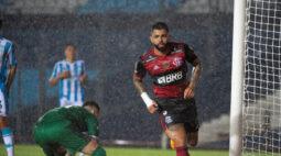 Flamengo retorna da Argentina e jogadores ganham folga