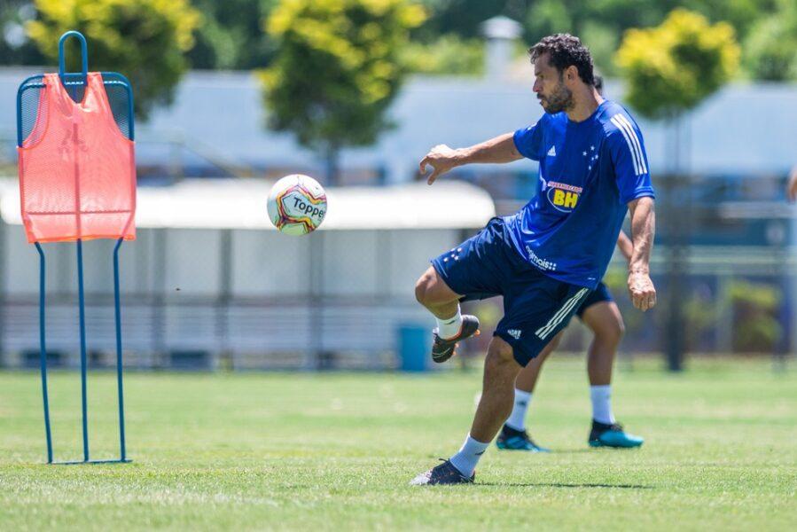 Cruzeiro estabelece acordo com Fred e pagará R$ 25 milhões ao jogador