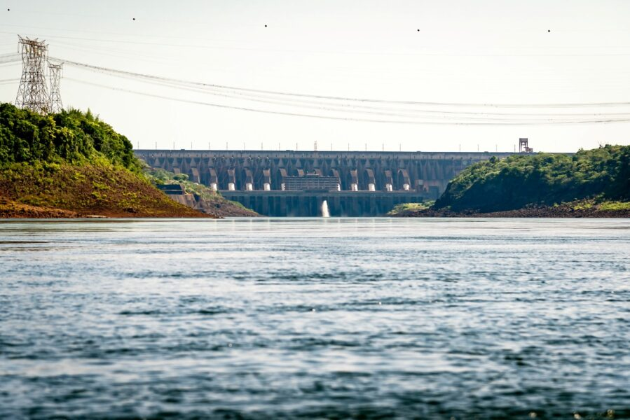 Itaipu atinge 70 milhões de MWh neste domingo