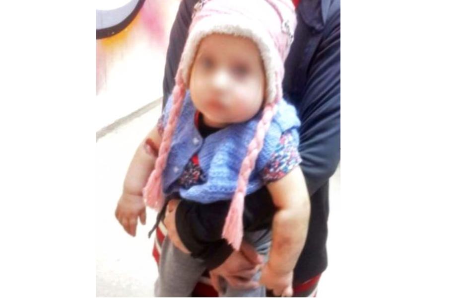 Mãe confessa que injetou água sanitária nas veias da filha de um ano