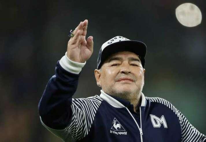 """Irmão de Maradona desabafa sobre morte do ex-jogador: """"Grande dor que nunca vai embora"""""""