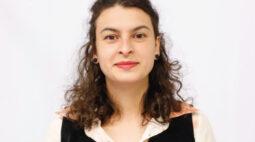 Conheça a candidata à prefeitura de Curitiba, professora Samara