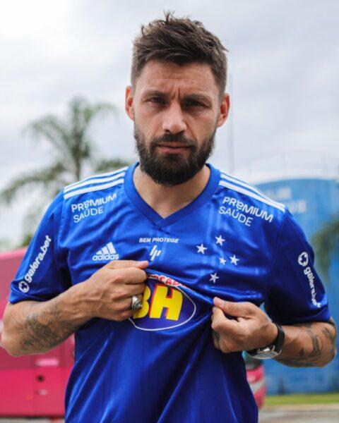 """Sóbis chega ao Cruzeiro para o """"maior desafio da vida"""""""