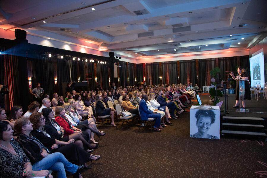 Sicredi realiza 4º Summit Mulher e reforça agenda de inclusão e protagonismo feminino