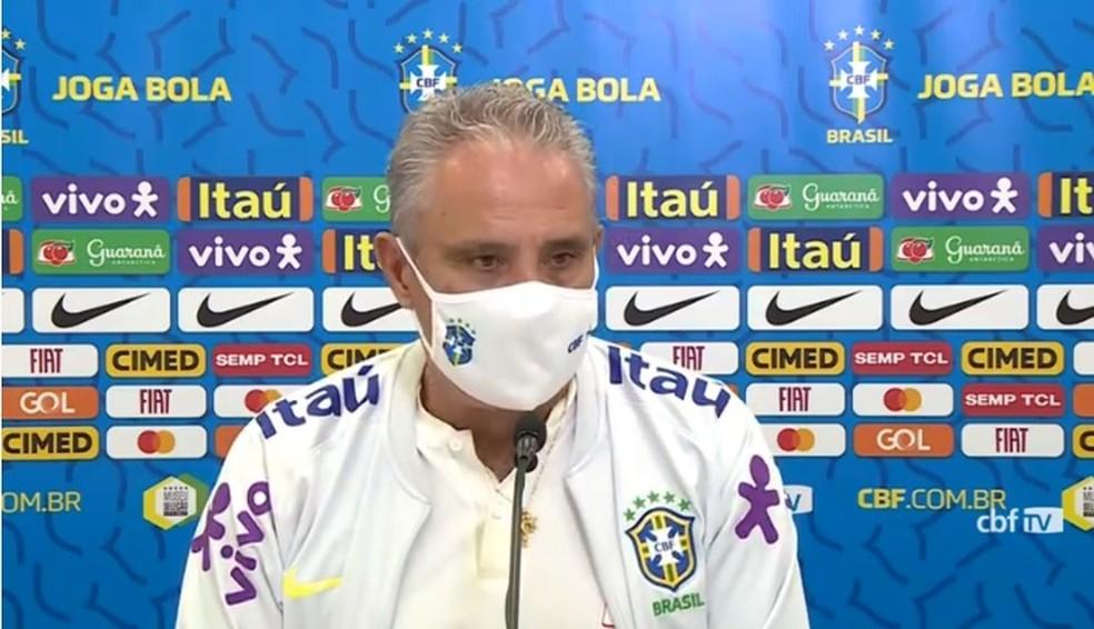 """Tite nega que grupo da Seleção Brasileira esteja fechado: """"Há uma abrangência"""""""