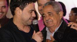 """Zezé di Camargo emociona em despedida do pai: """"Me perdoe"""""""