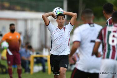 Sub-17 do Athletico perde por 2×1 no jogo de ida para o Fluminense